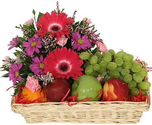 Fruit Amp Flower Gift Hamper Flowerandballooncompany Com
